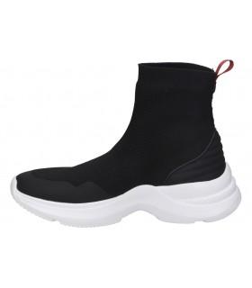 Zapatos para moda joven color dorado xti 49760
