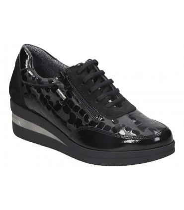 Skechers GOwalk 5 - Tahití negro 111101-bkw chanclas negro. Aptas agua
